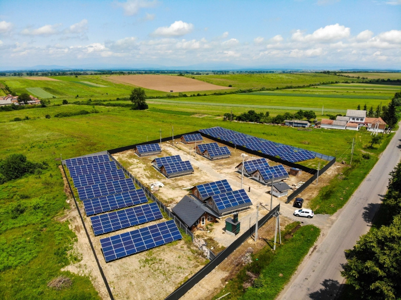 Солнечная электростанция мощностью 300 кВт в г. Берегово, Закарпатская область