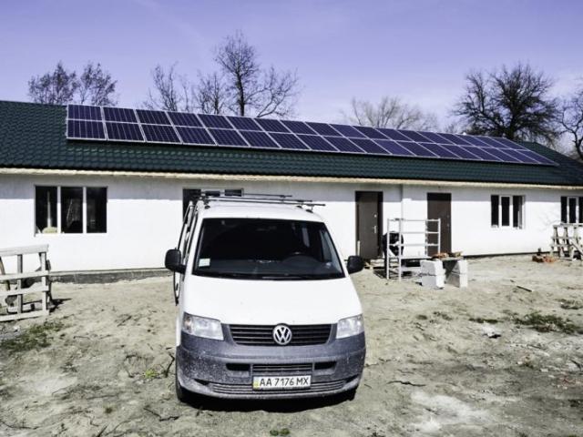 Автономна система живлення з сонячними батареями 10 кВт в м.Черкаси