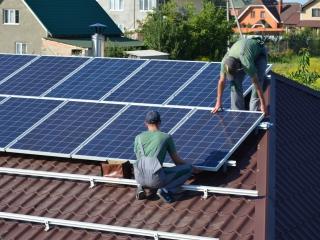 Установка солнечных батарей ReneSola