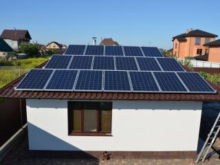 Установленные солнечные батареи ReneSola