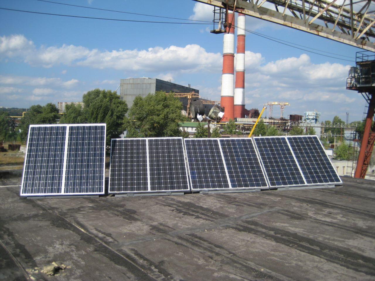 Автономная солнечная электростанция на Выдубычах Киев