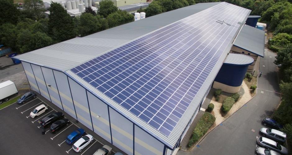 Комерціна сонячна електростанція