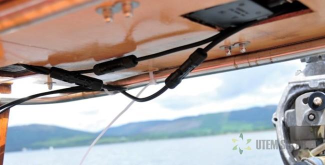 установка солнечных панелей на яхте